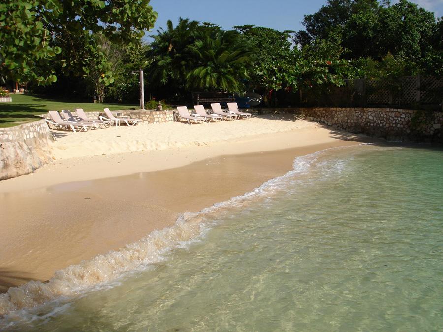 Amanoka on the Beach