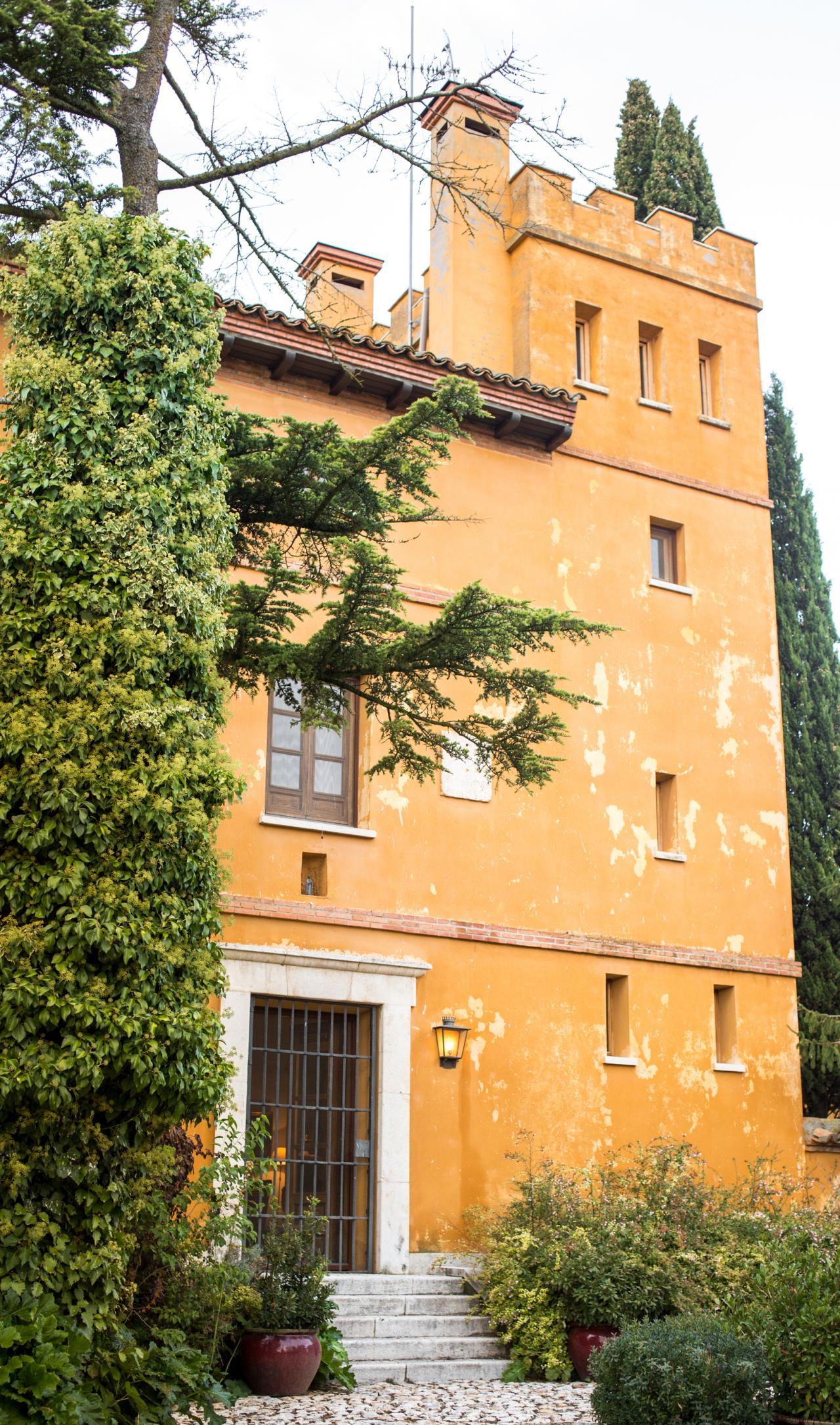 Palacio de Hueva