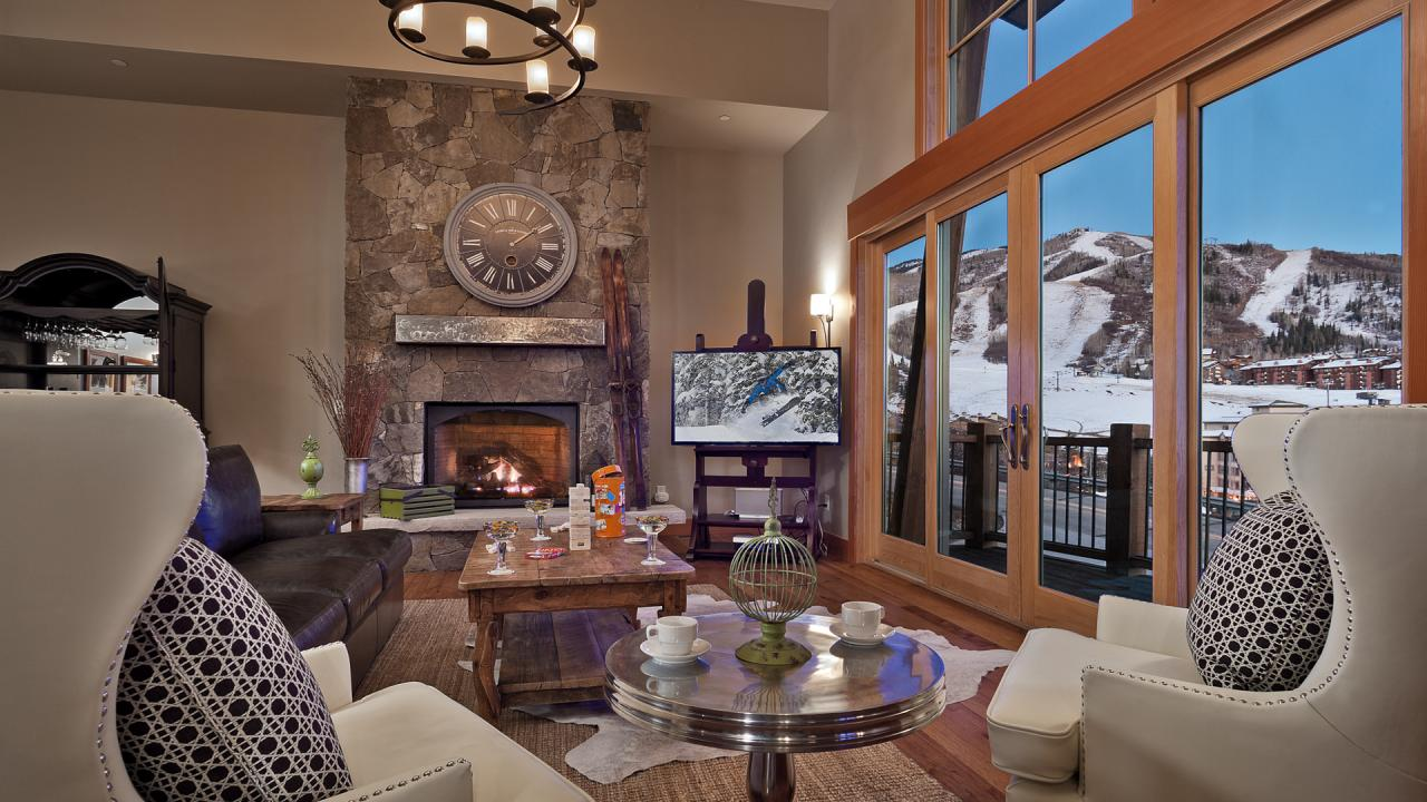 Sunshine Peak Chalet