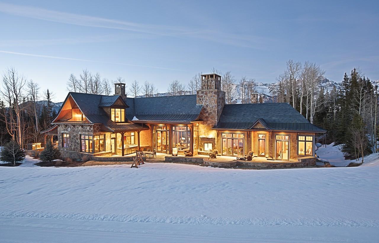 Hood Park Manor
