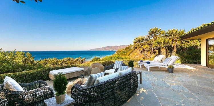 Birdview Beachfront Villa